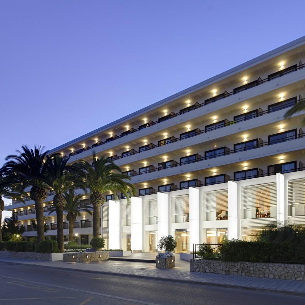 hotel-bahia-del-este-1-1024×1024