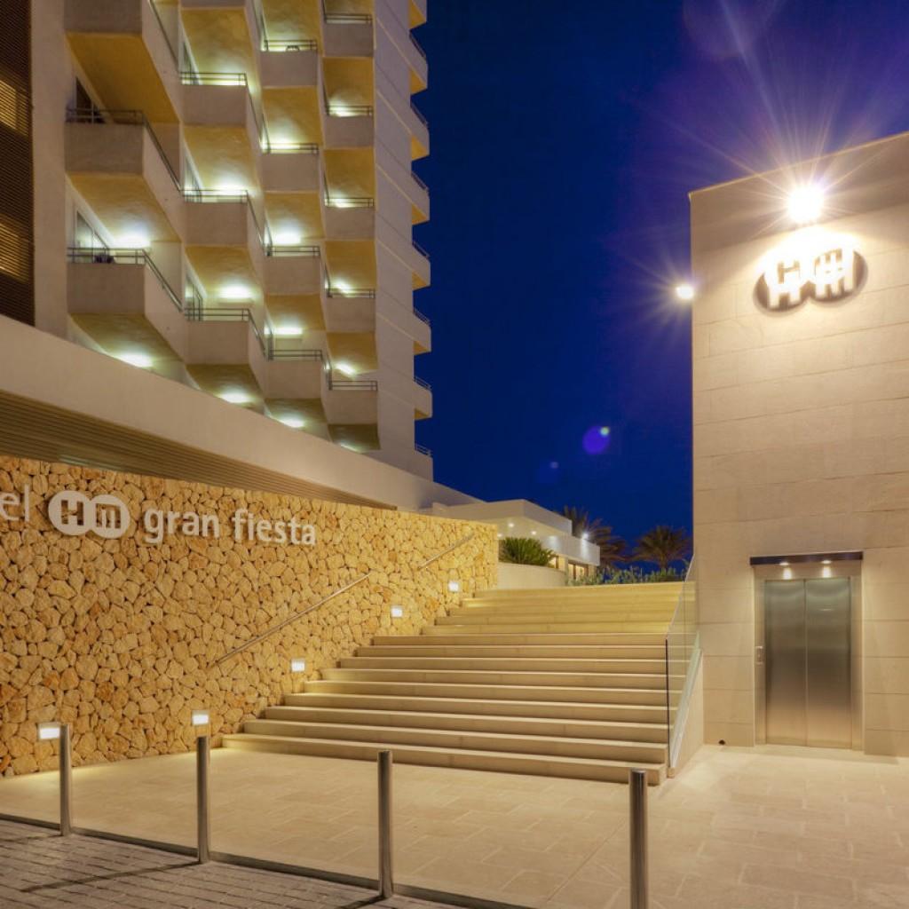 hotel-gran-fiesta-22-1024×1024
