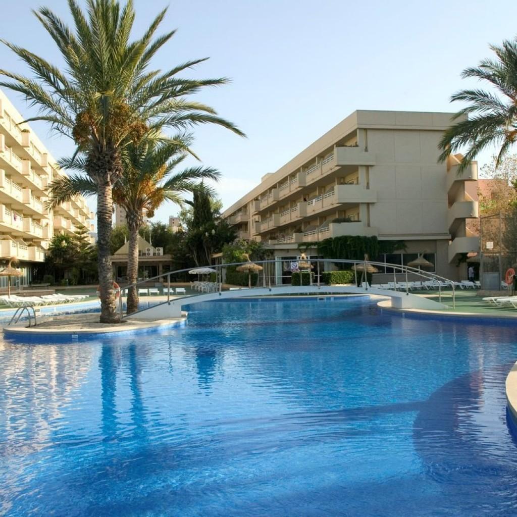 hotel-martinique-1-1024×1024