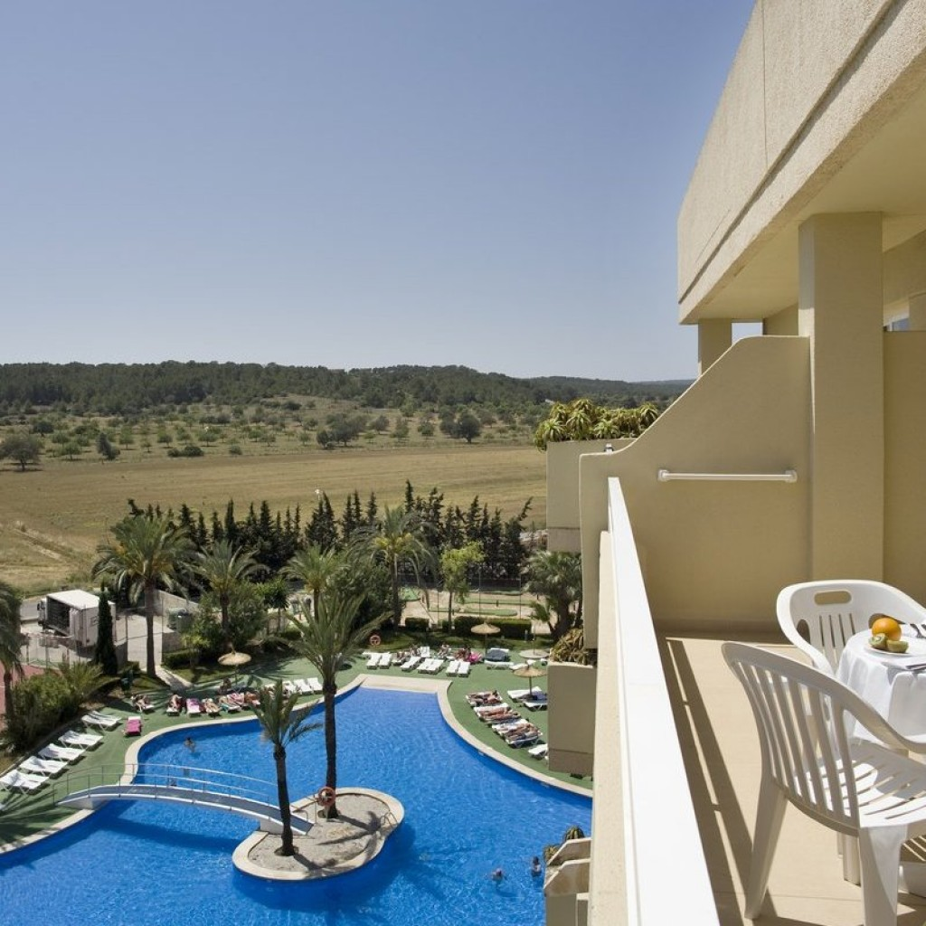 hotel-martinique-2-1024×1024