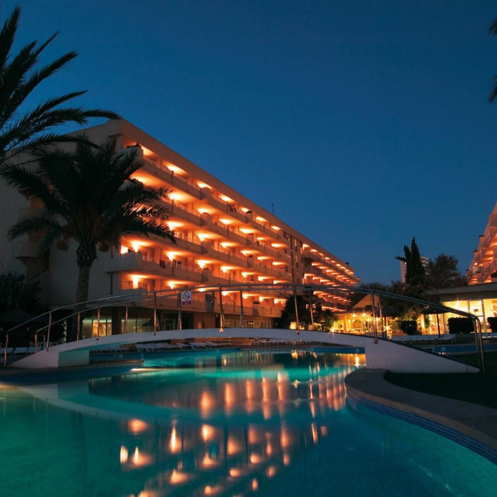 hotel-martinique-7-1024×1024