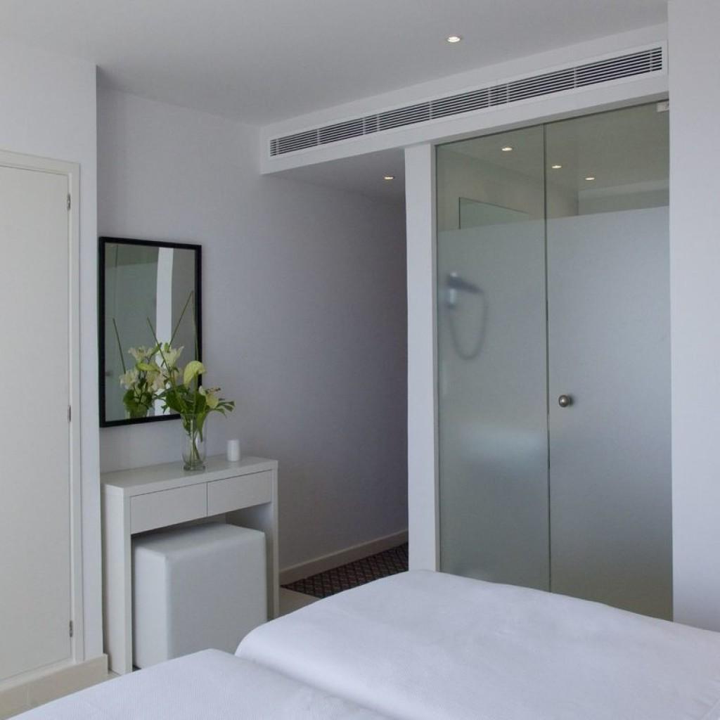 hotel-tropical-17-1024×1024