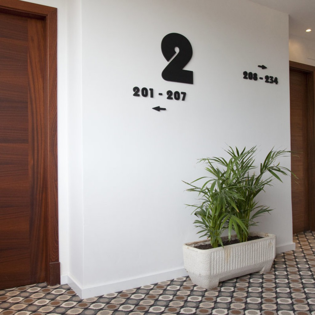 hotel-tropical-19-1024×1024