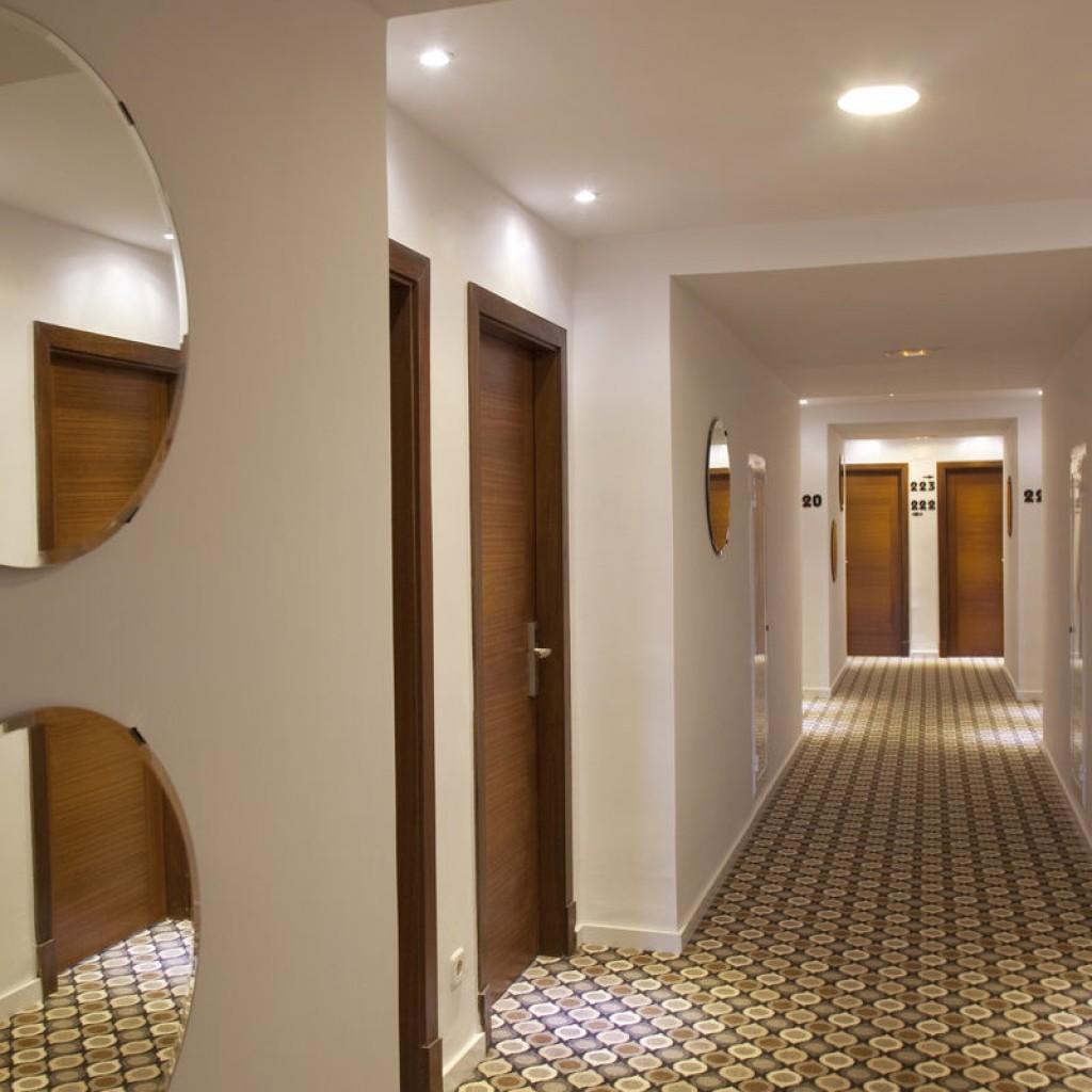 hotel-tropical-20-1024×1024