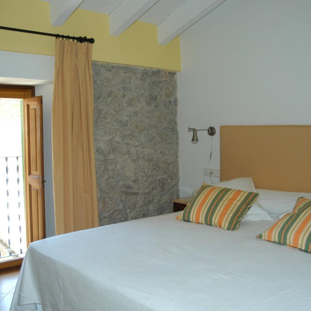 petit-hotel-valldemossa-13-1024×1024