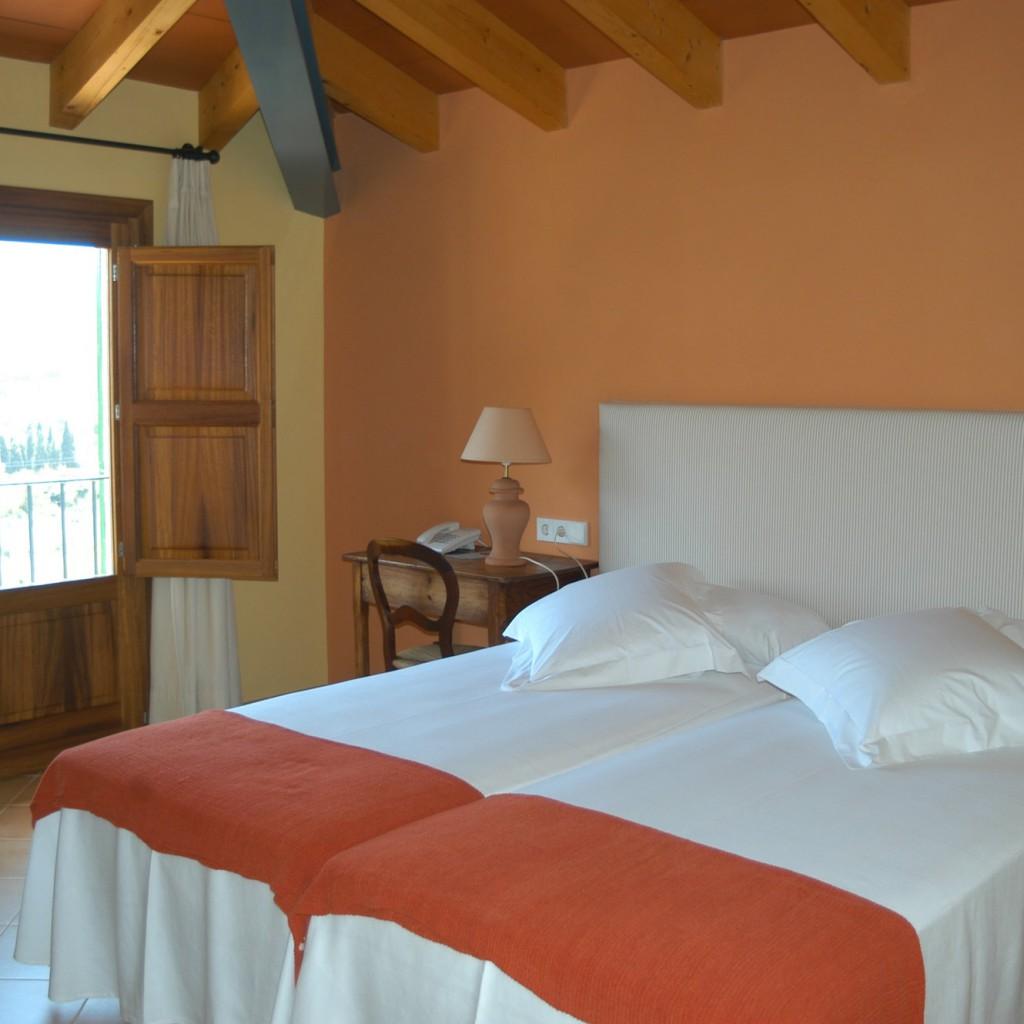 petit-hotel-valldemossa-17-1024×1024