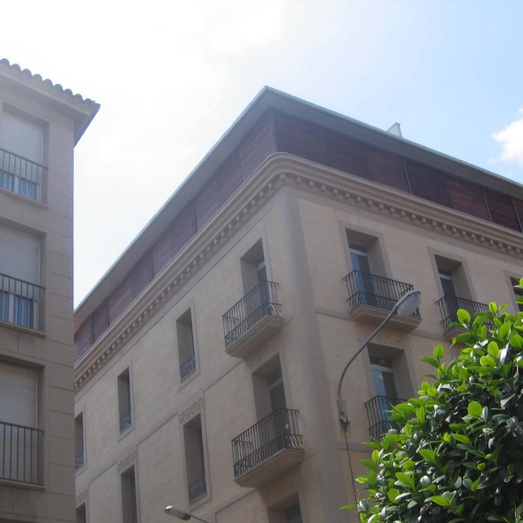 vivienda-plurifamiliar-edificio-reus-5-1024×1024