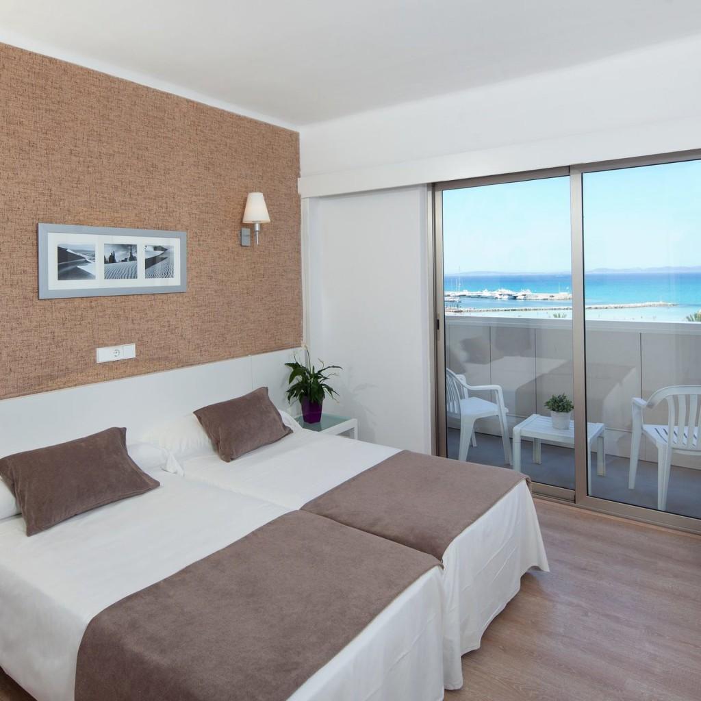 hotel-whala-beach-05-1024×1024
