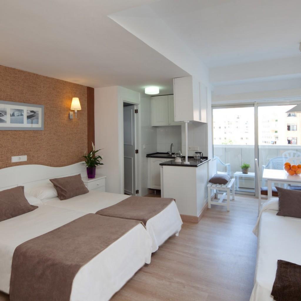 hotel-whala-beach-9-1024×1024